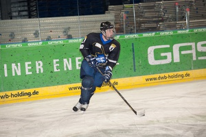 IceBusiness vs HoDev 20140220-200802 2674
